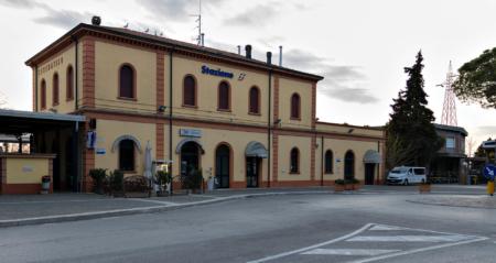 © Ivano Brancaleoni. Stazione Cesentatico.